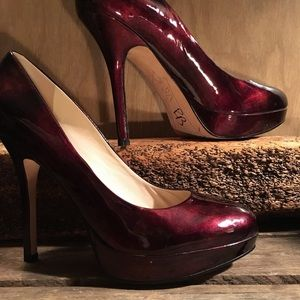 Joan & David Burgundy patent Leather Heels 71/2